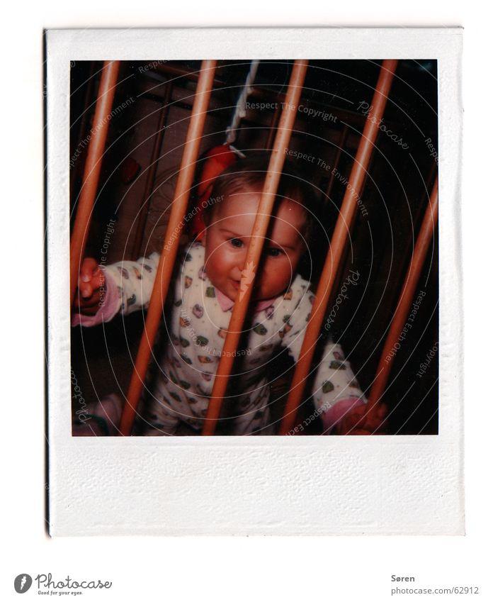 Kleiner dicker Ritter! Kind Angst klein süß gefangen old-school Polaroid Schlafanzug