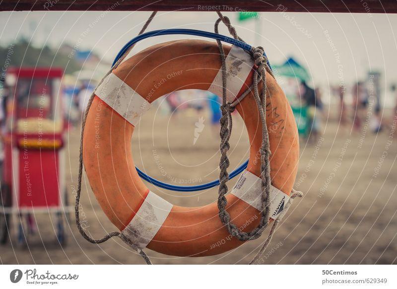 Rettungsring am Strand Freizeit & Hobby Ferien & Urlaub & Reisen Tourismus Ausflug Ferne Freiheit Sommer Sommerurlaub Sonne Sonnenbad Meer Insel Wellen
