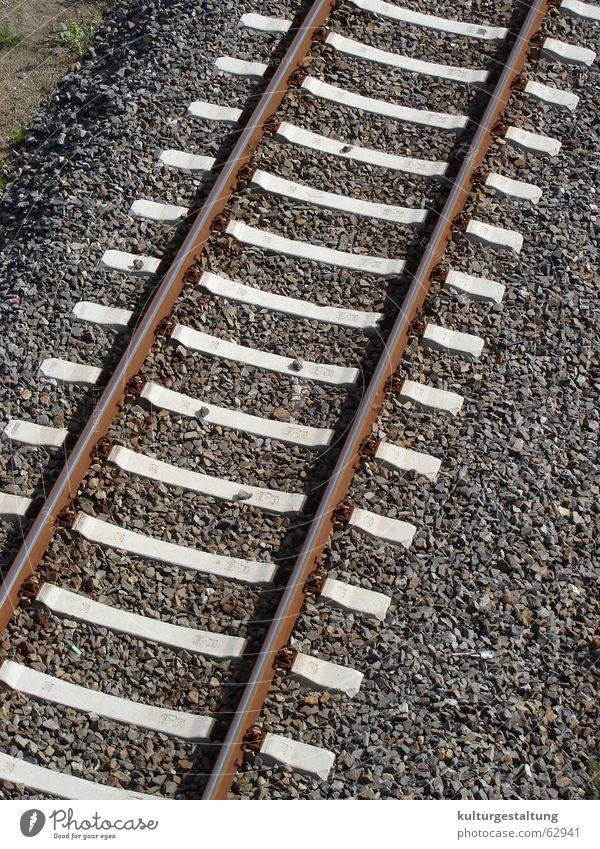 Eisenbahnschienen Sommer Ferien & Urlaub & Reisen Verkehr Güterverkehr & Logistik Gleise Verkehrswege Schnellzug Öffentlicher Personennahverkehr