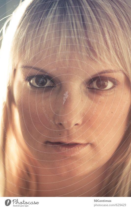 Gesicht einer blonden Schönheit Stil schön Körperpflege Haare & Frisuren Haut Kosmetik Gesundheit Zufriedenheit feminin Junge Frau Jugendliche 1 Mensch