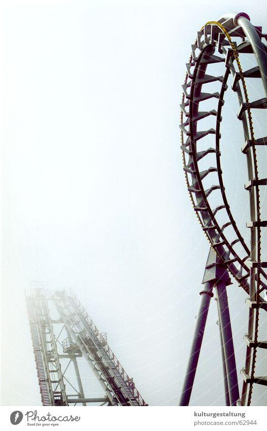 """Achterbahn in """"Ocean City"""", Chesapeak Bay , USA Freude Ferien & Urlaub & Reisen dunkel Nebel gefährlich Freizeit & Hobby Jahrmarkt Karussell Vergnügungspark"""