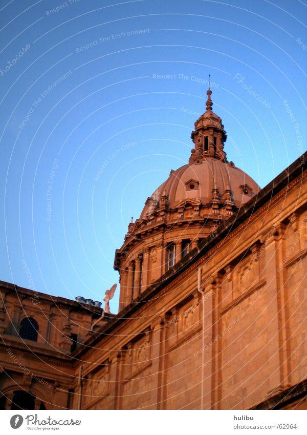 olé wir fahr'n ... nach Barcelona Tempel rot Gebäude Haus Spanien bercelona hulibu blau Stein stones spain