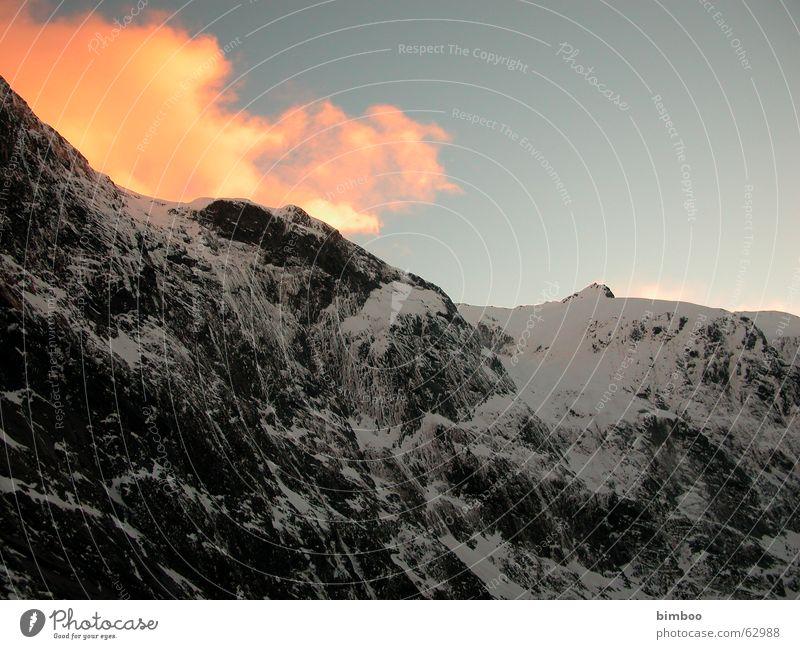 Milforssound Neuseeland Sonnenuntergang Berge u. Gebirge Milford Sound Schnee