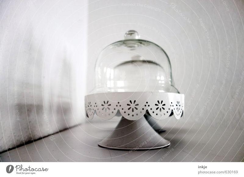 ohne Inhalt Ernährung Teller Schalen & Schüsseln Glas Etagere käseglocke bonboniere Stil Häusliches Leben Dekoration & Verzierung Metall Ornament schön nah grau