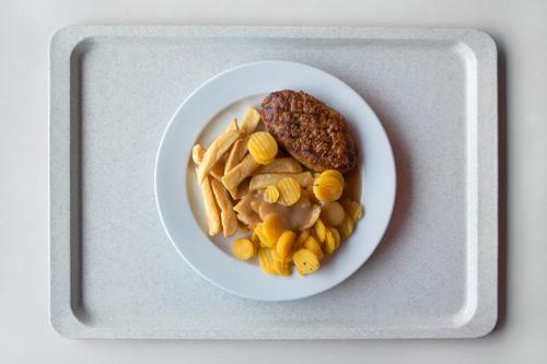 Mensa: gesunde Gelb-Braun-Tellermischung III gelb Essen braun Lebensmittel Schule gold Ernährung Tisch lernen Studium Gemüse lecker Übergewicht Geschirr