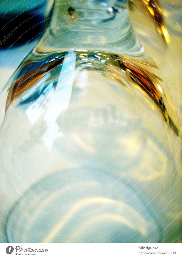 Unbenutzt durchsichtig leer trinken Licht Reflexion & Spiegelung Veranstaltung Stimmung Nachbar Glas Feste & Feiern Schatten Strukturen & Formen light shadow