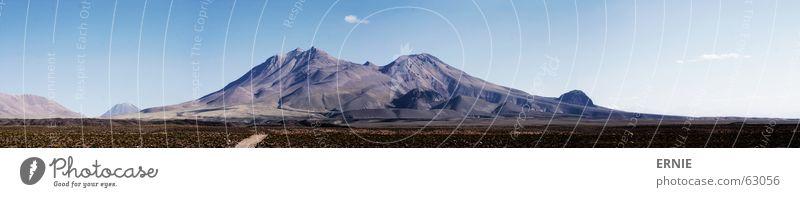 Pan O Rama Himmel Ferien & Urlaub & Reisen Wolken kalt Gras Berge u. Gebirge Stein groß Felsen hoch dünn trocken Panorama (Bildformat) Vulkan Chile Südamerika