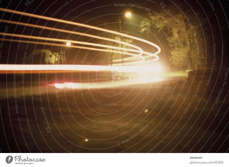 Straßenlichter Langzeitbelichtung Lastwagen Nacht Europa Polen