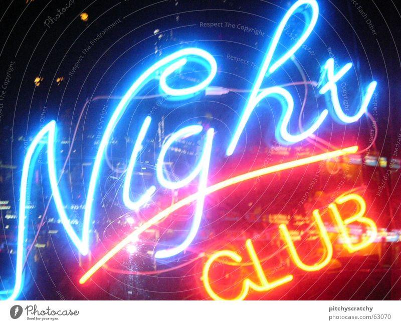 Nightclub Werbung Nacht Party Bar Neonlicht Lokal Licht Stadt Nachtleben hell Gastronomie Leuchtstoffröhre Freude Alkohol Club nightclub leuchtwerbung