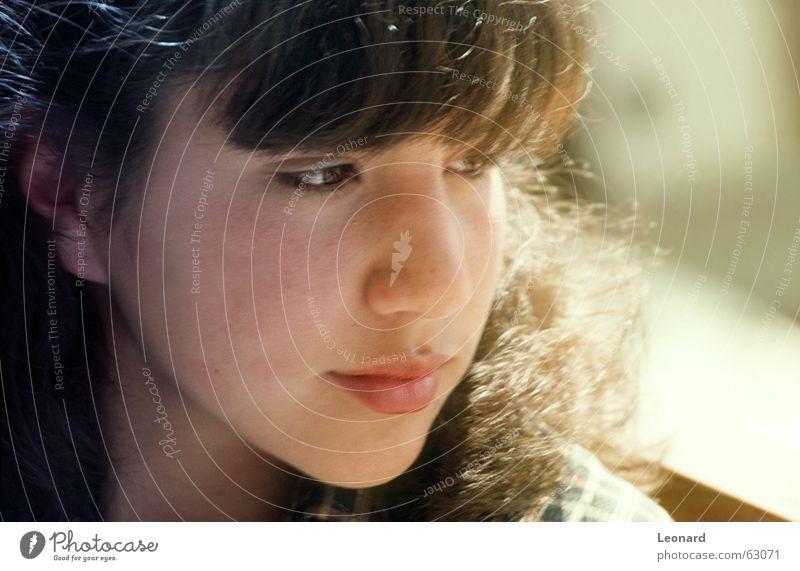 Träumerin Frau Mensch Sonne Gesicht träumen Haare & Frisuren Kopf glänzend Aussehen