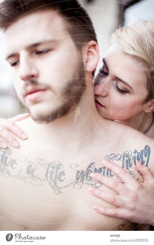 live a life worth living Mensch Jugendliche Junge Frau 18-30 Jahre Junger Mann Erwachsene feminin außergewöhnlich Paar maskulin ästhetisch Coolness einzigartig Tattoo trendy androgyn