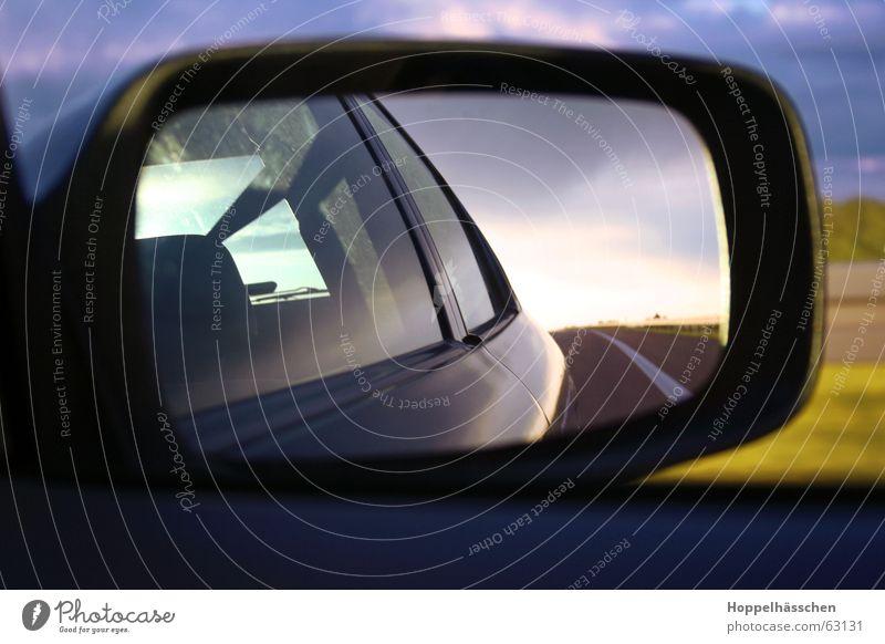 Autofahrt blau kalt PKW Landschaft Spiegel