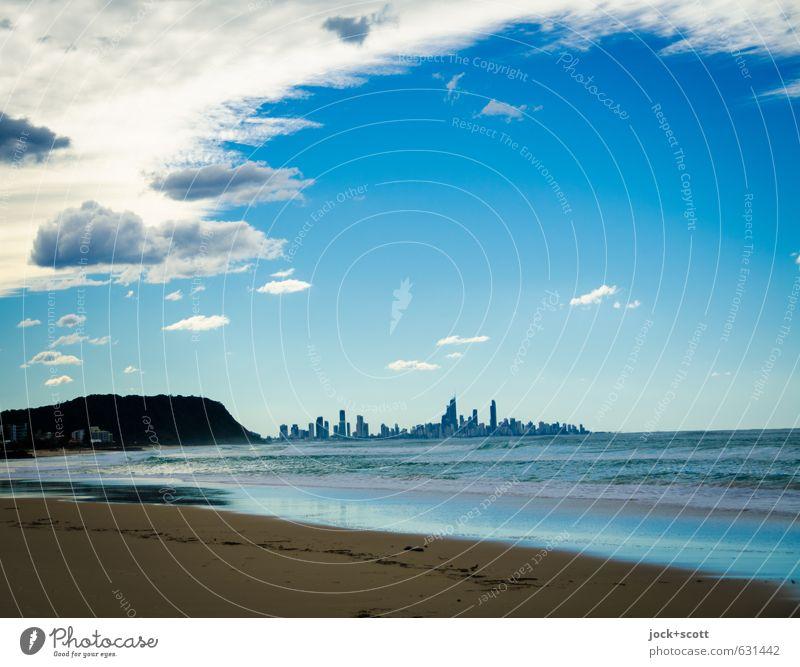 Hopefully, there will be a happy ending harmonisch Wolken Horizont Küste Strand Meer Pazifik Pazifikstrand Queensland Stadt Skyline klein blau Stimmung Hoffnung