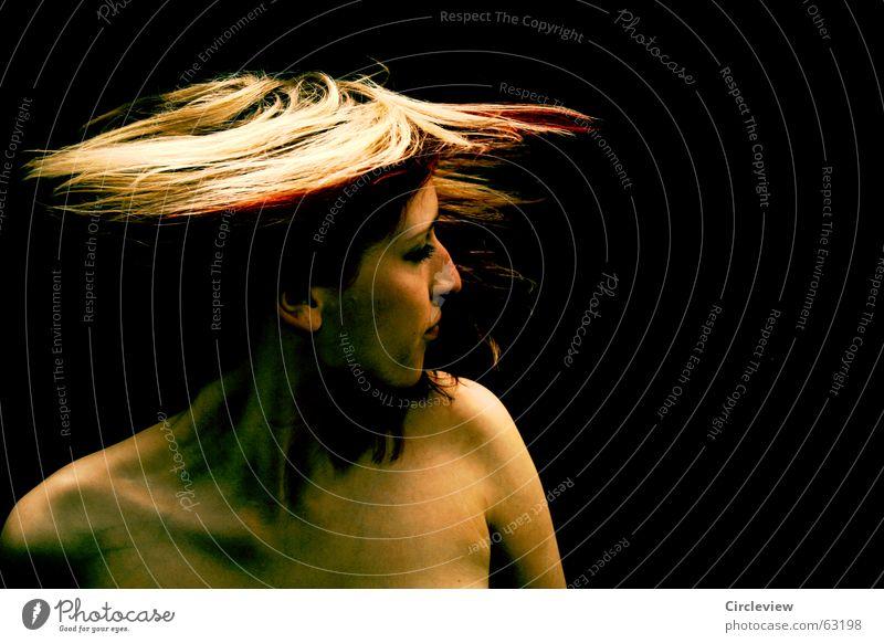 Sag bitte nicht nein Frau schwarz Geschwindigkeit Schwung Brand Spannung Freude Freizeit & Hobby Haare & Frisuren Körper Haut Energiewirtschaft Kraft black