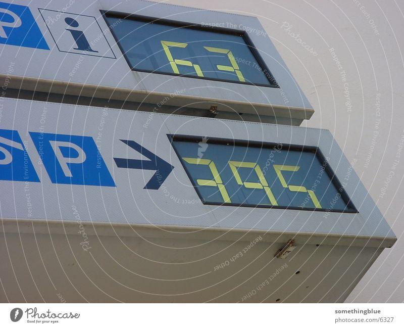 Parkplatzanzeige Fototechnik