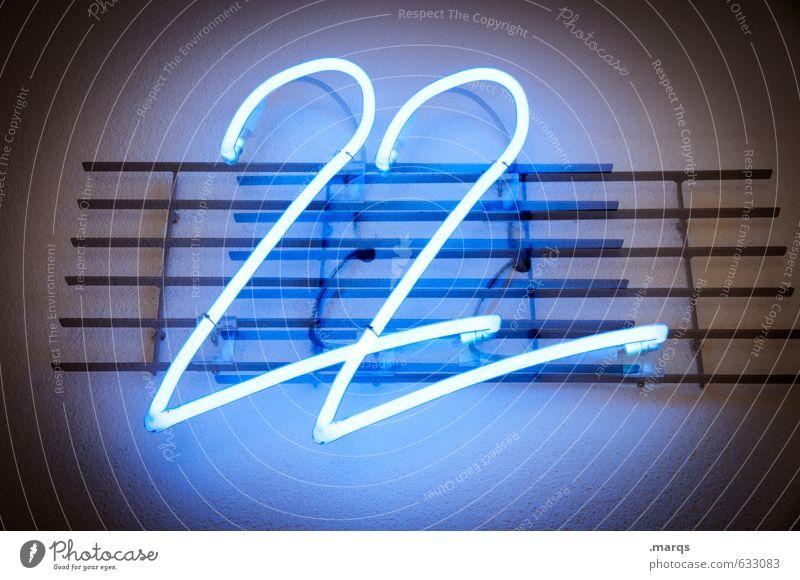 22 Technik & Technologie Mauer Wand Zeichen Ziffern & Zahlen leuchten einfach blau 18-30 Jahre schnapszahl Farbfoto Innenaufnahme Menschenleer Kunstlicht