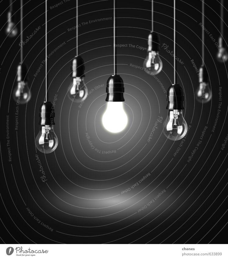 Glühbirnen auf schwarzem Hintergrund Design Lampe Technik & Technologie hell Energie Idee Kreativität Knolle Entwurf elektrisch Elektrizität Gerät Filamente