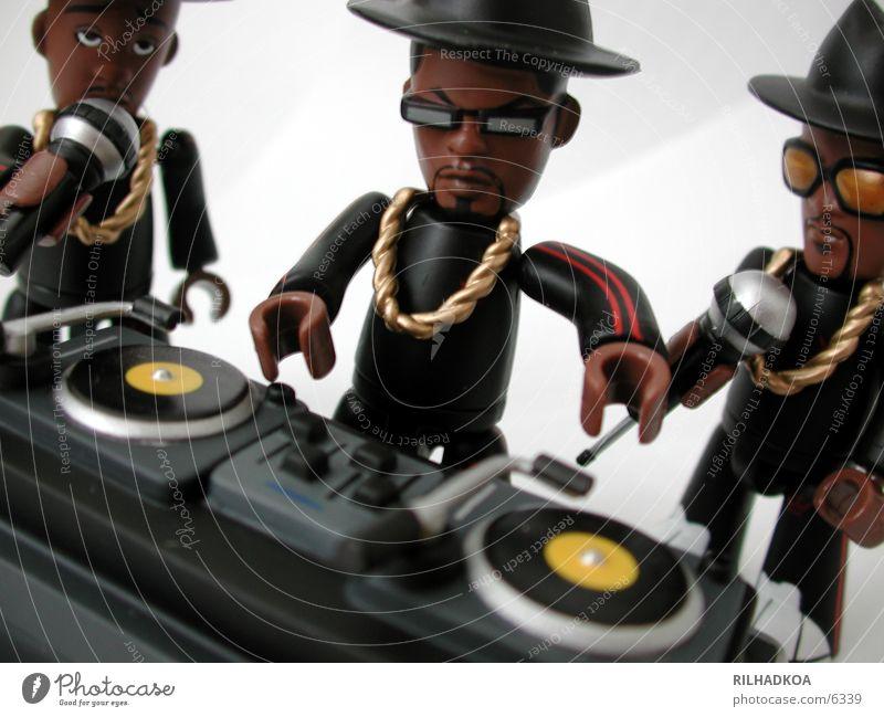MINI-RUN-DMC 2 weiß rot Freude Musik schwarz sprechen verrückt gut Kunststoff Spielzeug Hut machen Figur Diskjockey frech