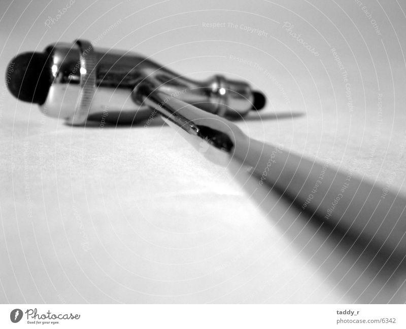 Reflexhammer Gesundheitswesen Arzt Wissenschaften Hammer Schwarzweißfoto Detailaufnahme