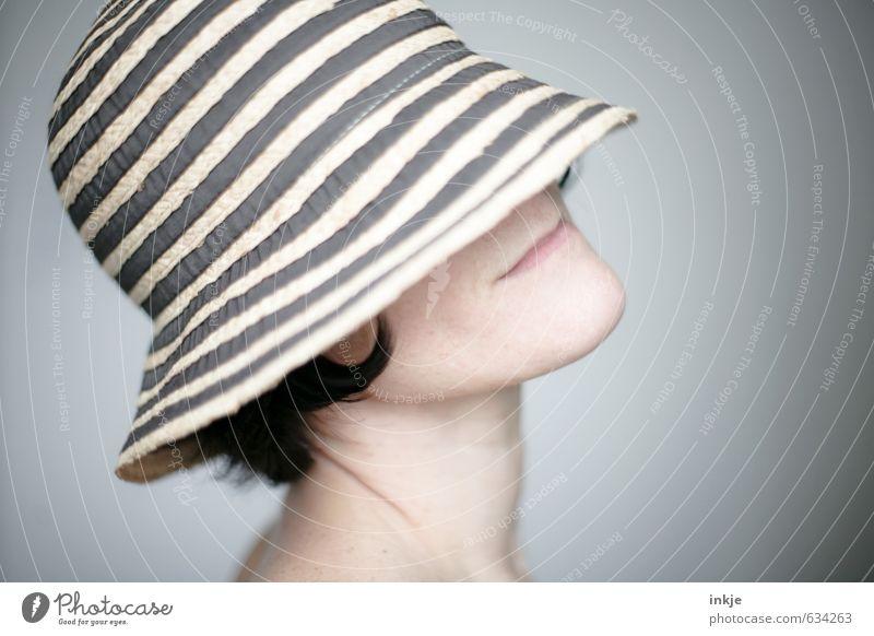 Frühling Mensch Frau schön ruhig Gesicht Erwachsene Leben feminin Stil elegant Lifestyle Wellness Hut Wohlgefühl harmonisch
