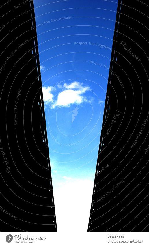 Horizont Himmel weiß Sonne blau Stadt Ferien & Urlaub & Reisen schwarz Wolken Straße Farbe träumen Stein Gebäude Luft Beton Brücke