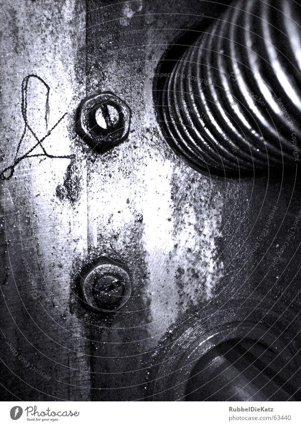 Dreht Sich alt blau weiß schwarz Metall Wellen Industriefotografie Maschine Rost Fett Erdöl Mensch Schraube Filter Drehgewinde Garnspulen
