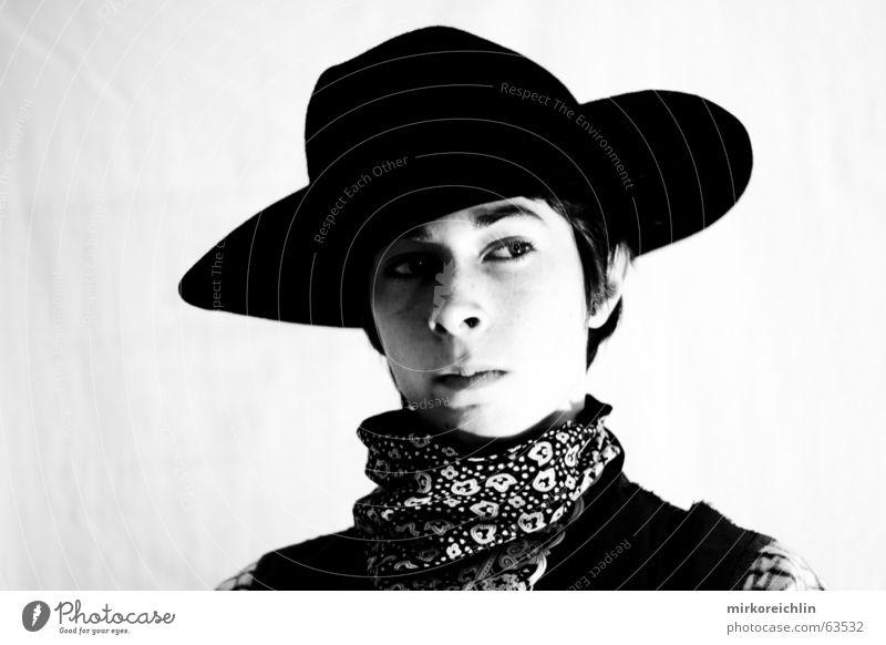 Was kuckst du? schwarz weiß Cowboy Pferd wild Misstrauen Augenbraue Junge bigway Hut Weste Westen Tuch tüchlein blich Ohr