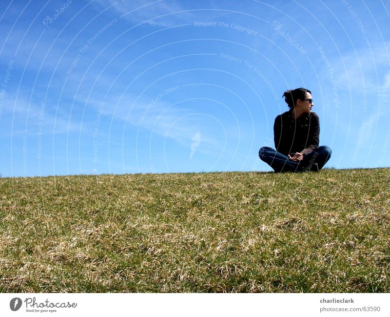 waiting Himmel lawn grass sky clouds woman