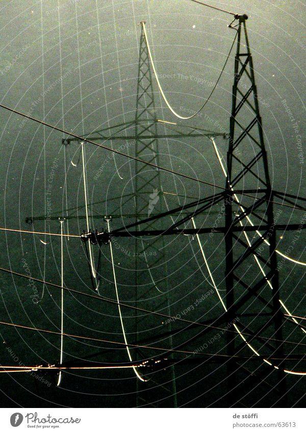 knister.knister Elektrizität dunkel Wald Strommast Licht Zukunft kümmern Kabel lichteinstrahl matt Natur Leben Energiewirtschaft
