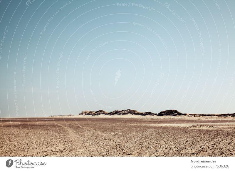 Weite Ferien & Urlaub & Reisen Abenteuer Ferne Freiheit Sommerurlaub Strand Meer Natur Landschaft Urelemente Sand Wolkenloser Himmel Schönes Wetter Dürre