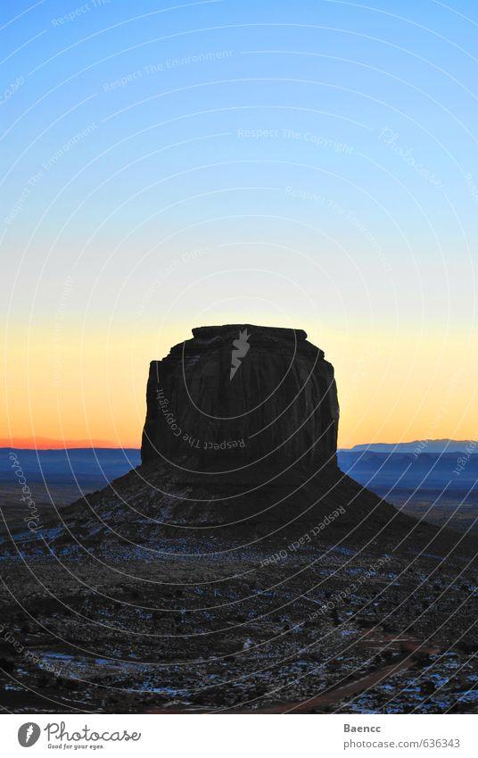 Monument Natur Ferien & Urlaub & Reisen blau Landschaft ruhig Ferne Schnee Felsen braun Eis orange gold Zufriedenheit groß Tourismus wandern