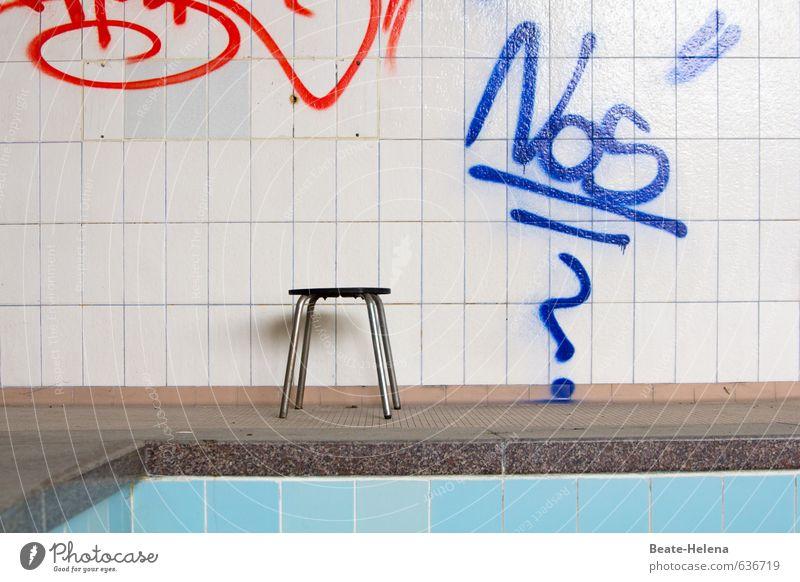 Freibad war gestern alt blau rot Wand Senior Sport Gesundheit Mauer grau außergewöhnlich Schwimmen & Baden Freizeit & Hobby Badewanne Vergänglichkeit