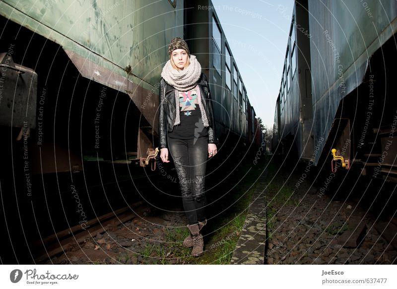 #637477 Stil Ferien & Urlaub & Reisen Ausflug Abenteuer Ferne Freiheit Junge Frau Jugendliche Leben 1 Mensch 13-18 Jahre Kind Verkehr Bahnfahren Schienenverkehr