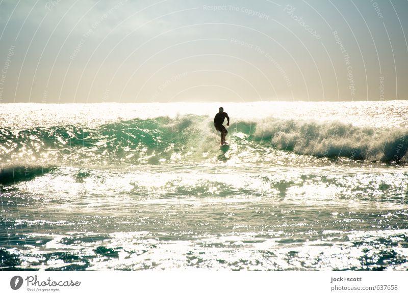 surf + fading Surfen Wasser Horizont Wellen Meer Pazifik Australien glänzend heiß hell Kitsch sportlich Stimmung Erfahrung Sport Ferne Wellenschlag gleiten