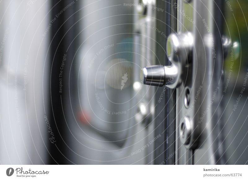 hebelwirkung Metall Tür fahren Paris U-Bahn Stahl Griff schließen aufmachen Hebel Knauf