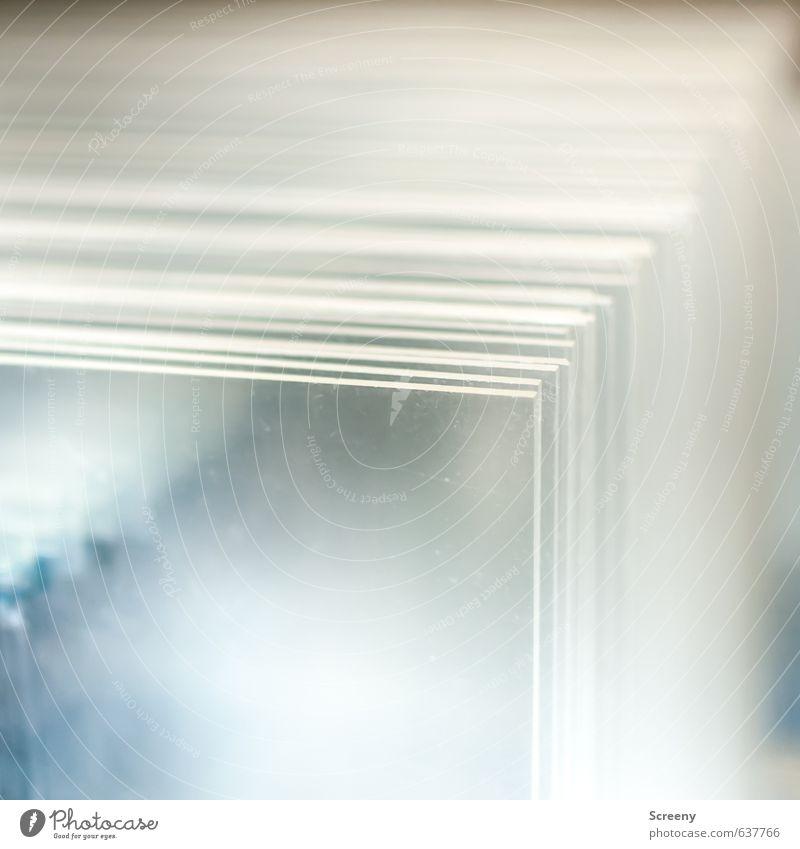 Schicht für Schicht... Kunststoff eckig blau grau weiß Acryl Autofenster Stapel durchsichtig Ecke Farbfoto Detailaufnahme Menschenleer Textfreiraum oben