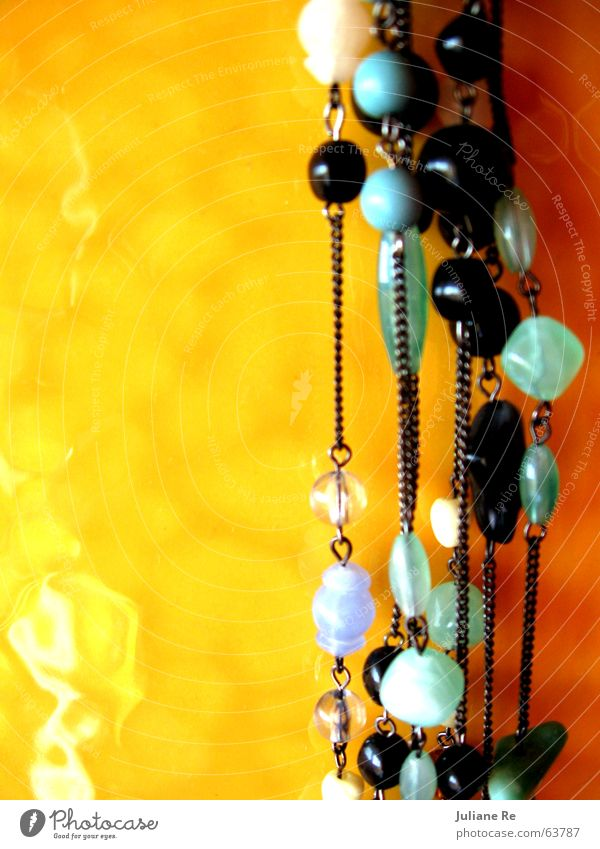Perlen | Fliesen weiß schön Sommer schwarz ruhig gelb glänzend Fliesen u. Kacheln Schmuck türkis Kette Perle