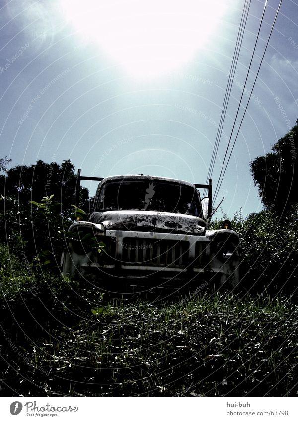 Auswechselspieler Himmel Sonne Einsamkeit Wärme grau PKW Arbeit & Erwerbstätigkeit Armut Physik heiß Lastwagen Urwald Kuba anstrengen
