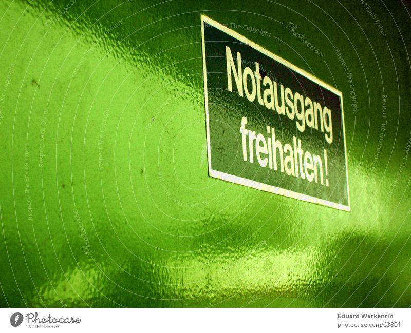 Notausgang freihalten! grün einladen entladen Baumarkt Parkplatz Sonntag Befehl Tür Schilder & Markierungen Information ladezone Anleitung