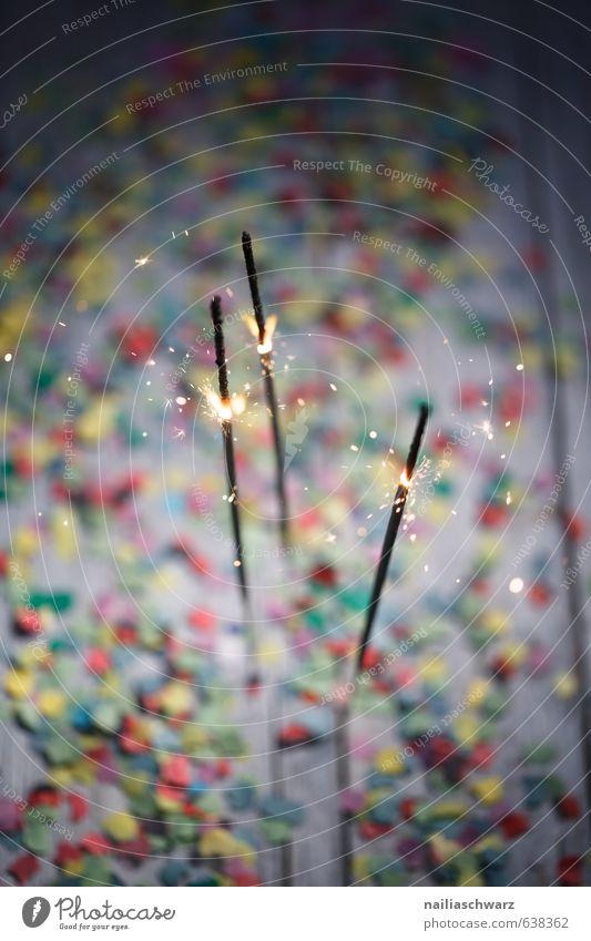 Sparklers with Confetti blau schön grün rot Freude gelb Glück Feste & Feiern Party glänzend leuchten Fröhlichkeit einfach Lebensfreude Silvester u. Neujahr Veranstaltung