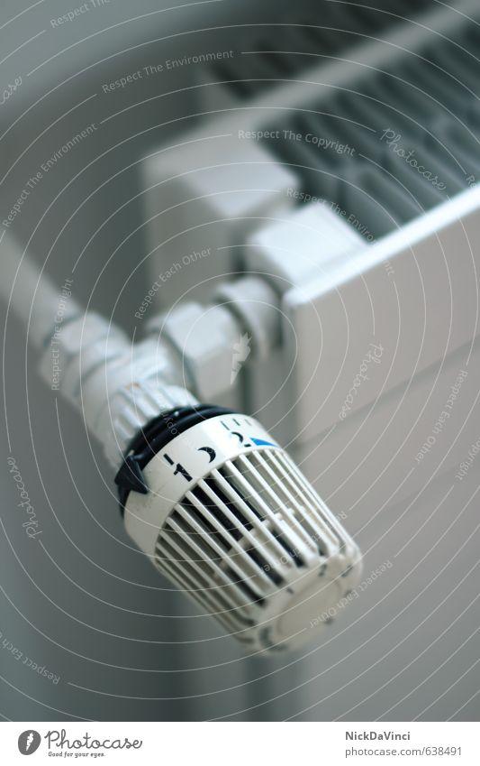Heizung /Heizthermostat blau Haus Wärme Metall Wohnung Raum Häusliches Leben Energiewirtschaft drehen Renovieren Heizkörper Erneuerbare Energie Hausbau