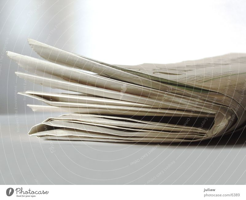 Tageszeitung vom 04.09.03 Arbeit & Erwerbstätigkeit Business Zeitung Dinge