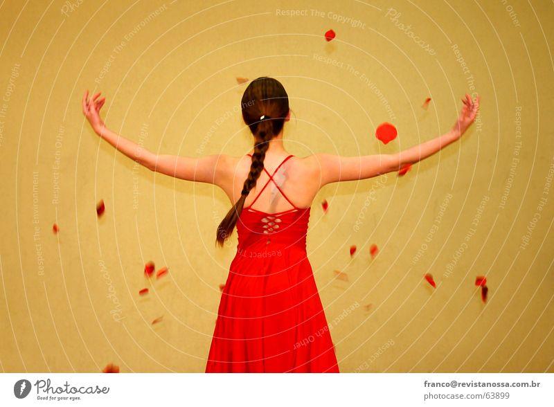 Woman_02 Liebe Bekleidung