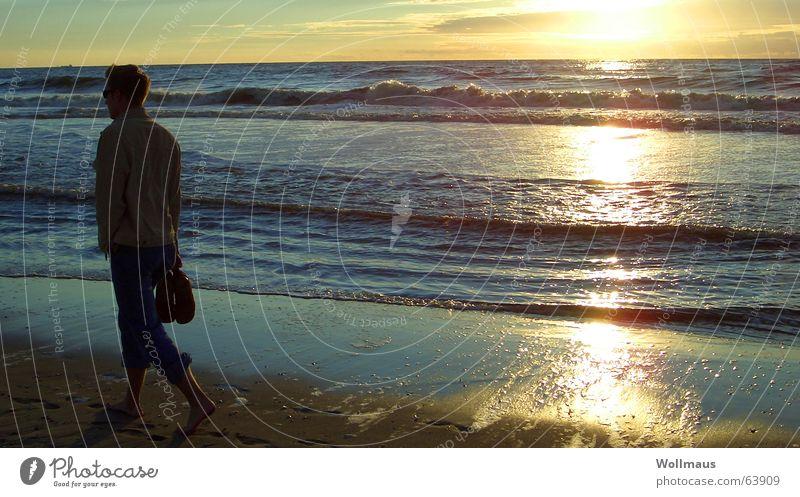 Strandkitsch Meer Sonnenuntergang Wellen Horizont Einsamkeit Romantik Wasser Sand Kitsch