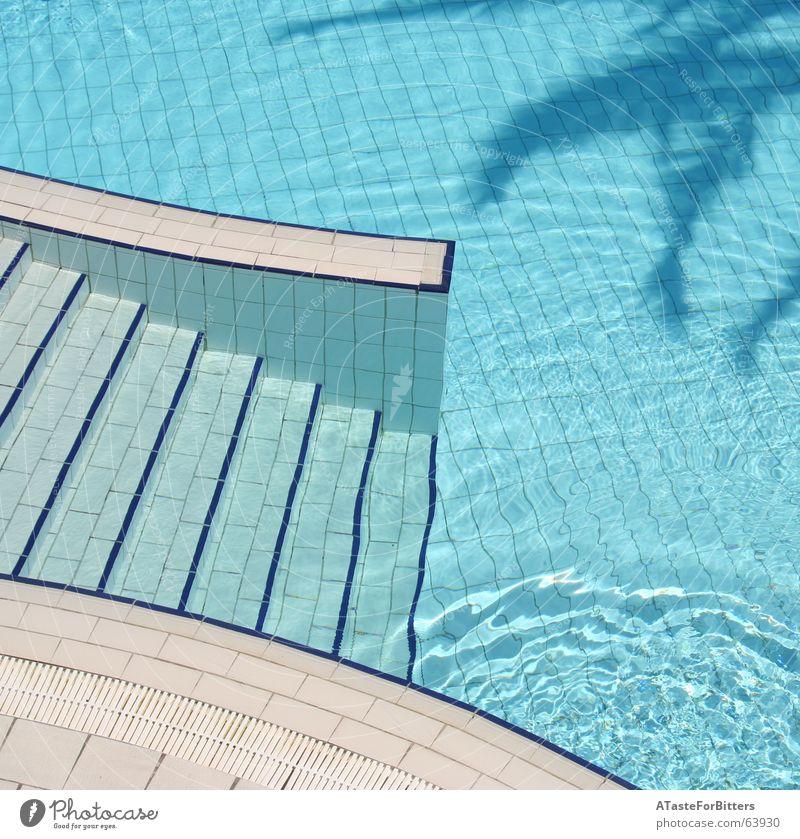 The invisible man Wasser blau Ferien & Urlaub & Reisen Bewegung Treppe Schwimmbad Freizeit & Hobby Fliesen u. Kacheln Grenze Palme tief Geometrie Tunesien