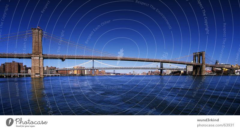 Brooklyn Bridge Wasser blau Ferien & Urlaub & Reisen Farbe Verkehr Brücke USA Amerika Verkehrswege New York City beeindruckend New York State Pol- Filter