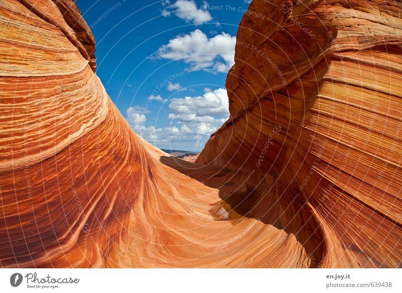Restfeuchte Ferien & Urlaub & Reisen Tourismus Abenteuer Ferne Natur Landschaft Himmel Felsen Schlucht Wellen Wüste außergewöhnlich fantastisch blau orange