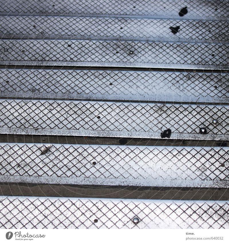 Revisit | 1 alt Stadt Leben Wege & Pfade Metall Treppe Zufriedenheit Ordnung Brücke kaputt Vergänglichkeit Wandel & Veränderung Sicherheit historisch Risiko