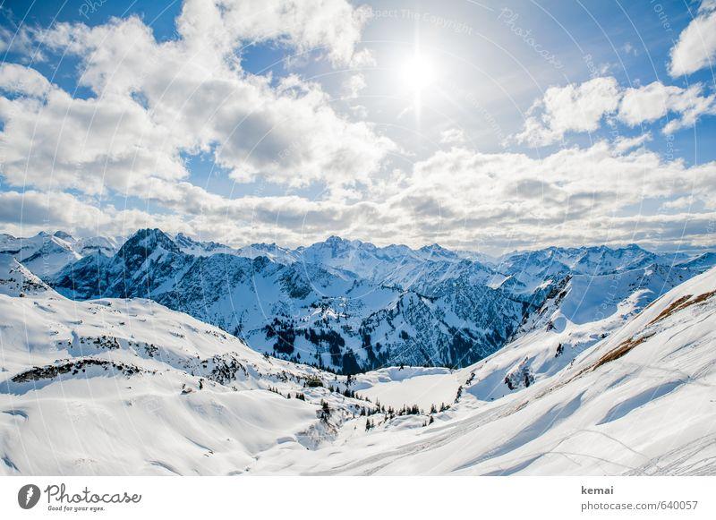 Schnee sehn, Berge bestaunen Umwelt Natur Landschaft Urelemente Himmel Wolken Sonne Sonnenlicht Winter Schönes Wetter Eis Frost Felsen Alpen Berge u. Gebirge