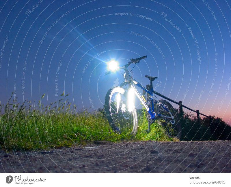 NightRider blau grün Sommer Sport Fahrrad Freizeit & Hobby Futurismus Strahlung Leuchtdiode Mountainbike Lichttechnik Rostock Farbverlauf Kathoden